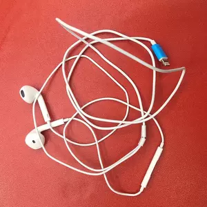 iPhone 7 ear phones