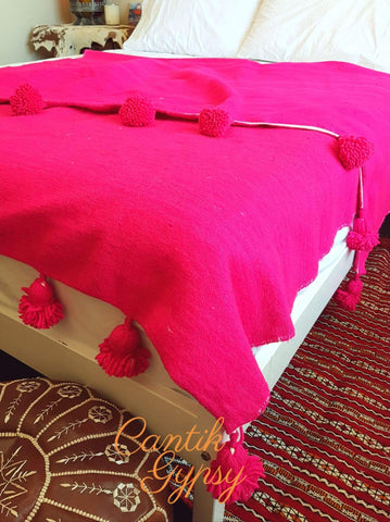 Moroccan Pure Wool Pompom Blanket - Pink