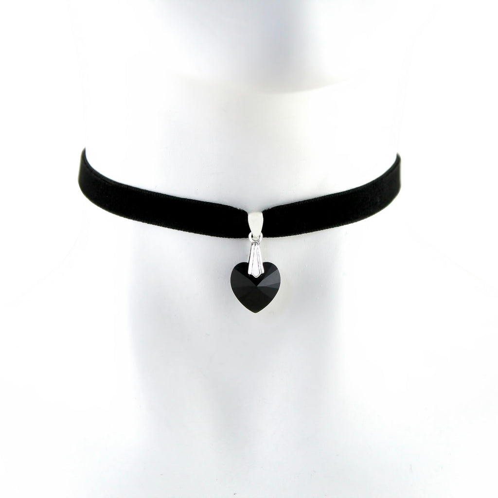 black velvet choker with black swarovski heart pendant, arthlin jewelry handmade in Maine