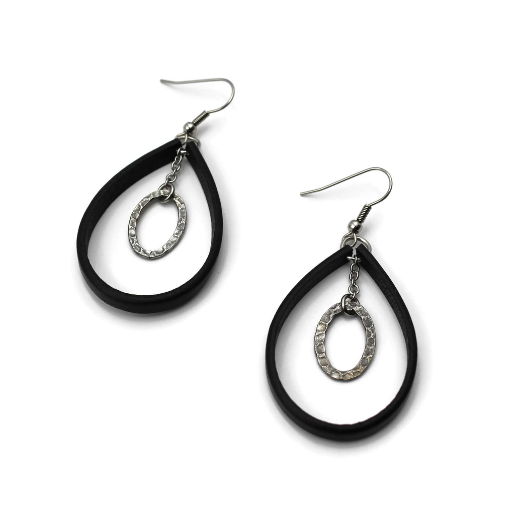 leather earrings hoops with hammered steel pendant