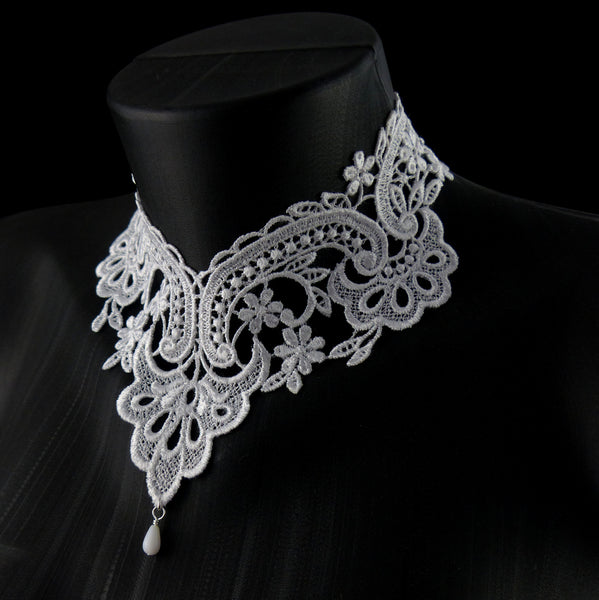 white Victorian lace choker with white beaded accent, side view, arthlin jewelry handmade in Maine
