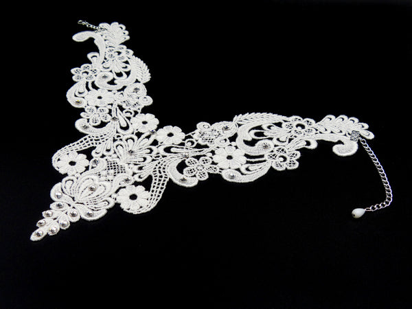 Valencia II Lace Necklace