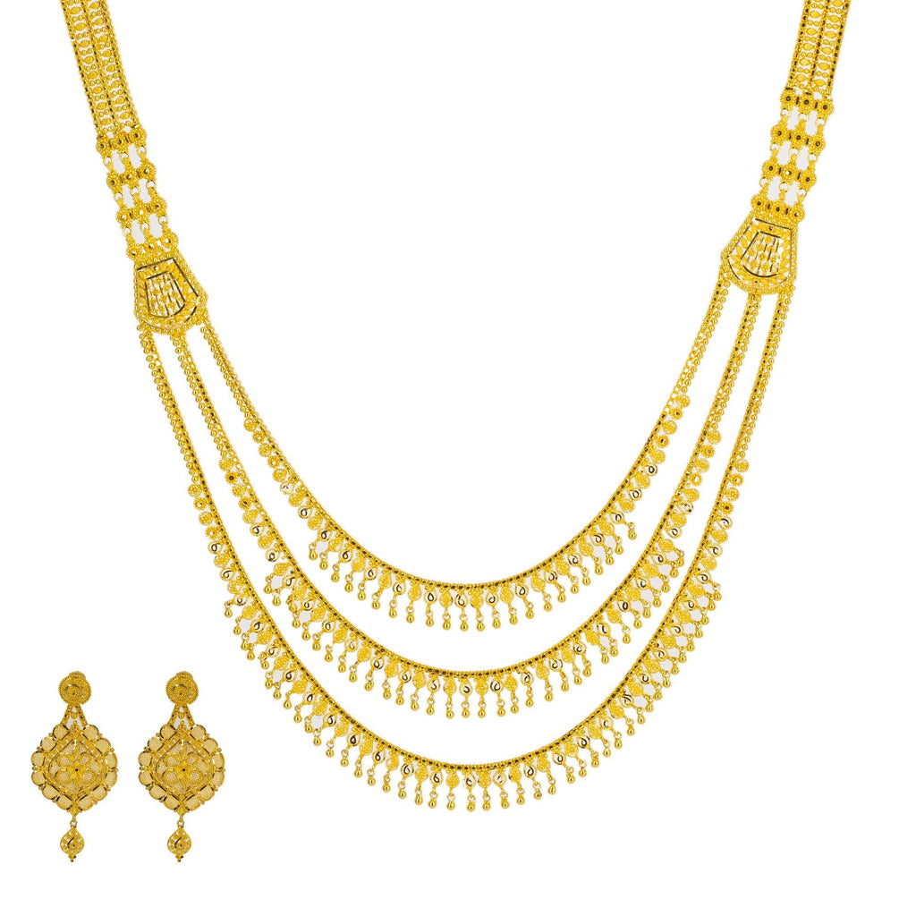 An image of one of the stunning gold necklace sets from Virani Jewelers. | Show the world how classy and elegant you can be with this gorgeous 22K gold necklace from Virani...