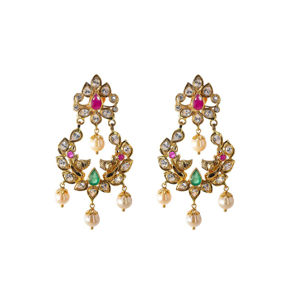 An image of a pair of earrings that are part of an Indian jewelry set from Virani Jewelers | Looking for an exquisite 22K yellow gold jewelry set to add to your collection? This set from Vir...