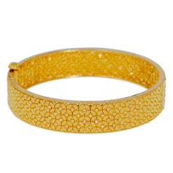 22K Yellow Gold Bangle W/ Clustered Flowers Design