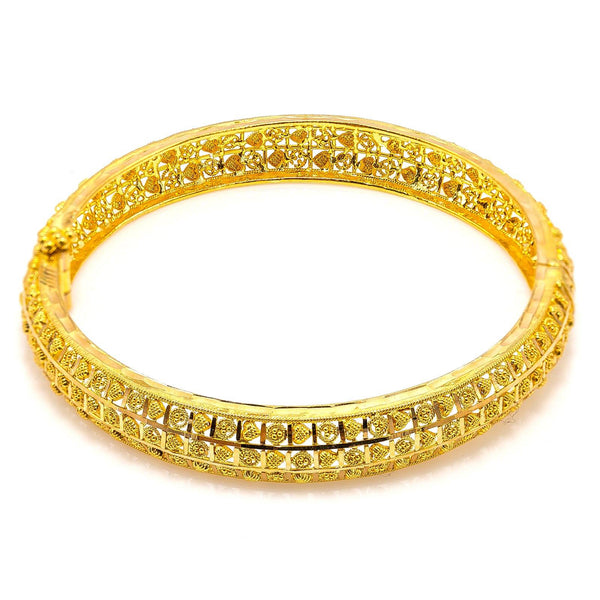 22K Yellow Gold Bangle W/ Patterned Heart & Circle Accents |  22K Yellow Gold Bangle W/ Patterned Heart & Circle Accents for women. This beautiful 22K yel...