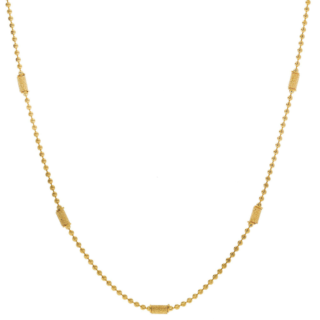 An image of the beading on a 22K gold chain from Virani Jewelers. | Let your sense of style shine when you pair any outfit with this simple, yet elegant, 22K gold ch...