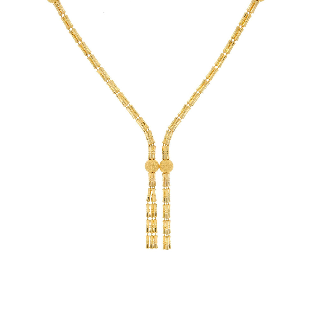 22K Yellow Gold Singapore Designed Chain W/ Length 16inches |    Spice up that look with this 22K yellow gold chain. The contemporary design makes it easy to w...