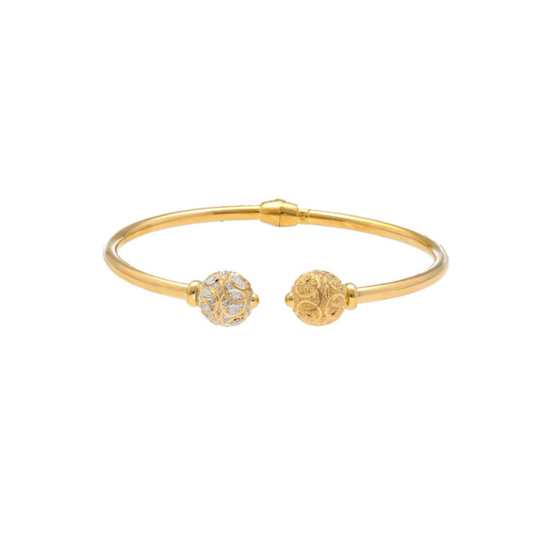 22K Gold Bangle W/ Openable hinge |     This bangle looks touchy and female yet embodies the nature of two or three swans. Its wary c...