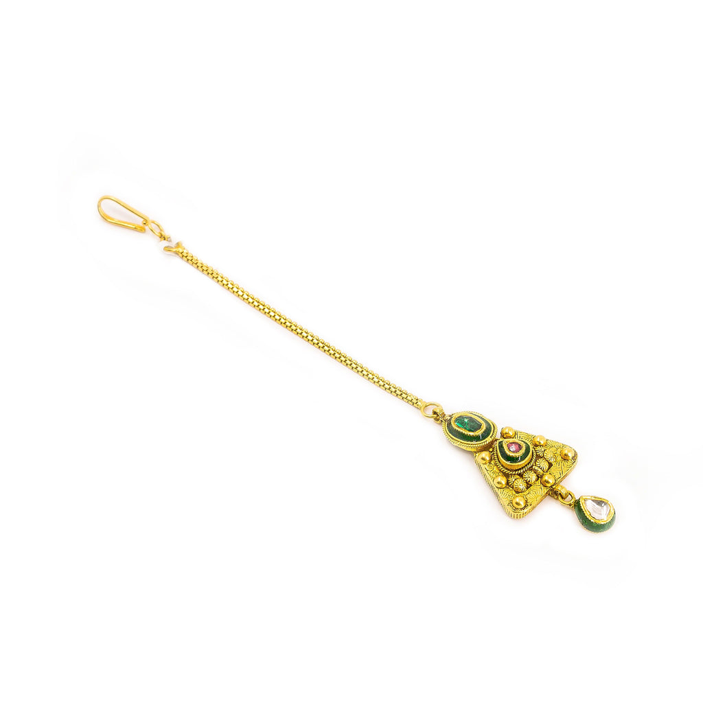22K Yellow Gold Tikka W/ Kundan & Ornate Triangle Pendant |  22K Yellow Gold Tikka W/ Kundan & Ornate Triangle Pendant for women. This elegant piece is e...