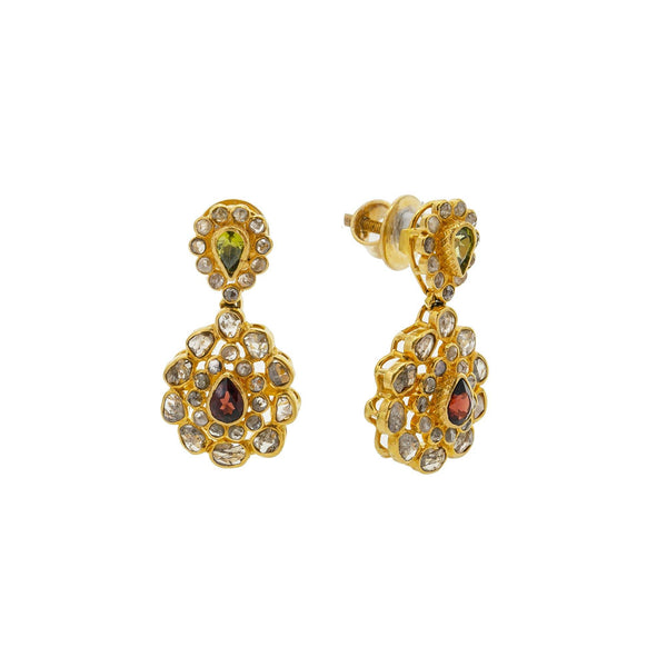 A close-up image showing the front and side views of the 22K gold earrings from Virani Jewelers. | Show off the best version of yourself with help from this beautiful 22K gold necklace set from Vi...