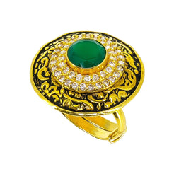 22K yellow Gold antique Ring with circle emerald stone and cubic zirconium
