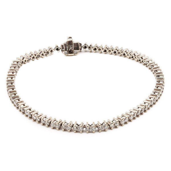 2.5ct Round Brilliant Diamond Tennis Bracelet Set in 18K White Gold | 2.5ct Round Diamond Tennis Bracelet Set in 18K White Gold for woman. Gold weight is 8.5 grams wit...