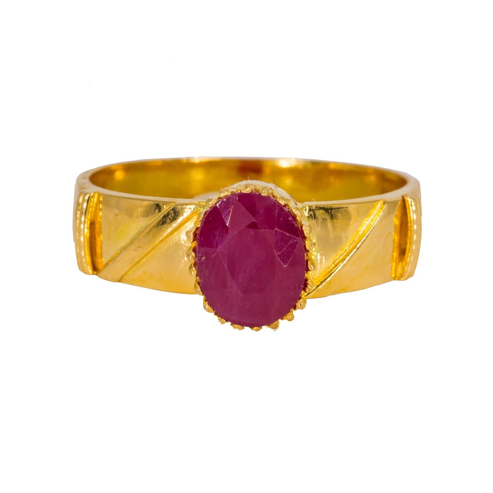 22K Yellow Gold Men's Ring W/ Ruby & Faceted Shank Details