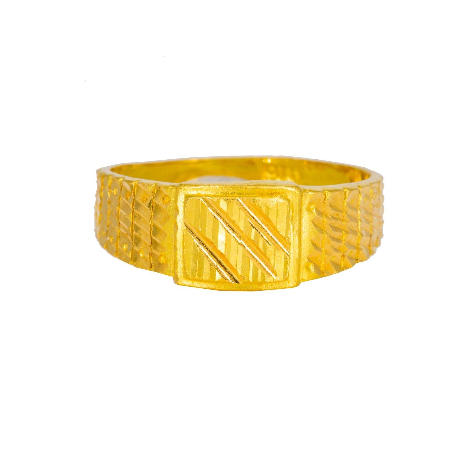 22K Yellow Gold Men's Ring W/ Square Face & Chiseled Accents