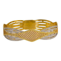 One multi-tone 22K Indian gold bangle featuring an open rhombus design and intricately crafted 22 karat gold.