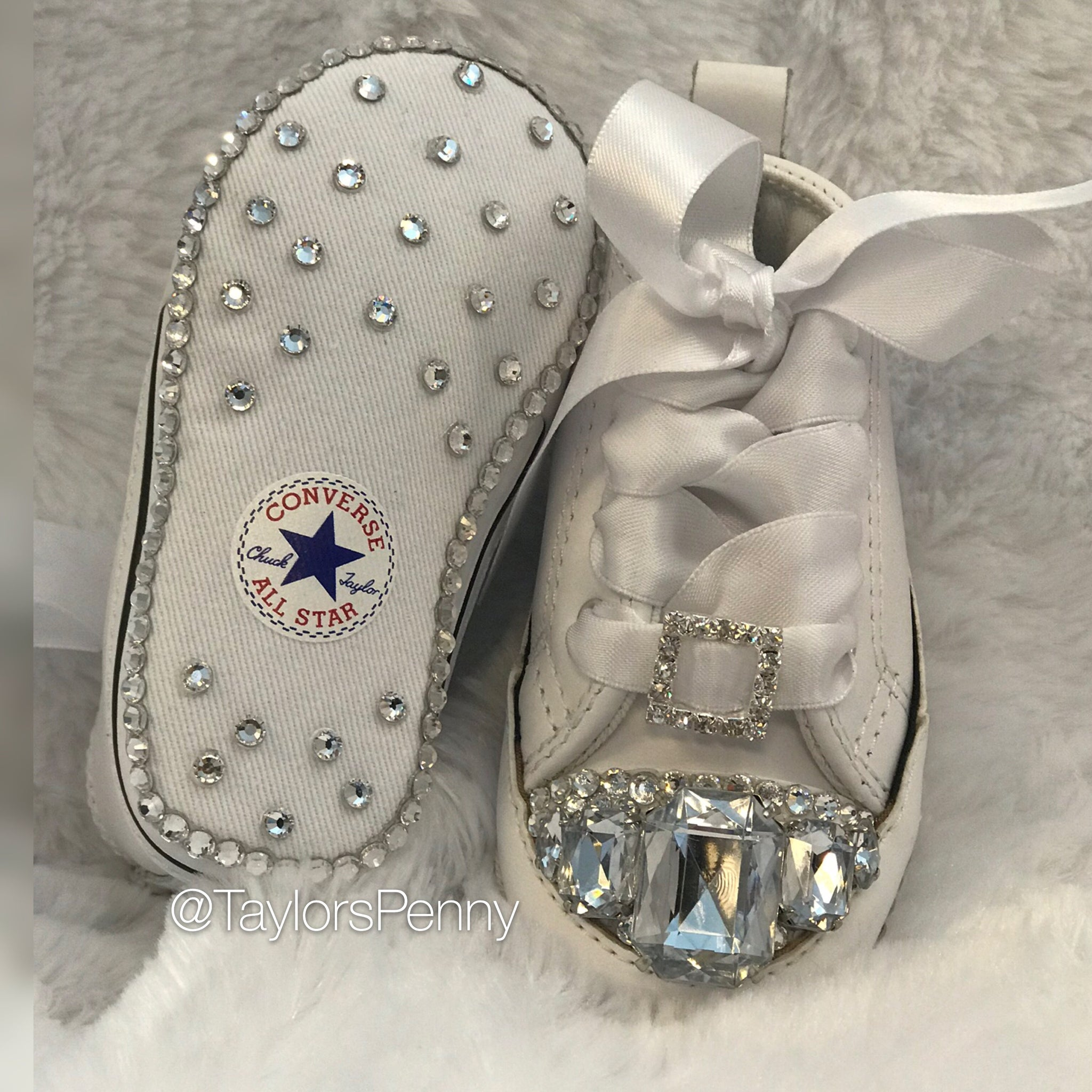 2fdeb6b7ae4a ... Baby Bling Fashion Sneakers Converse (Diamonds for Girls) ...