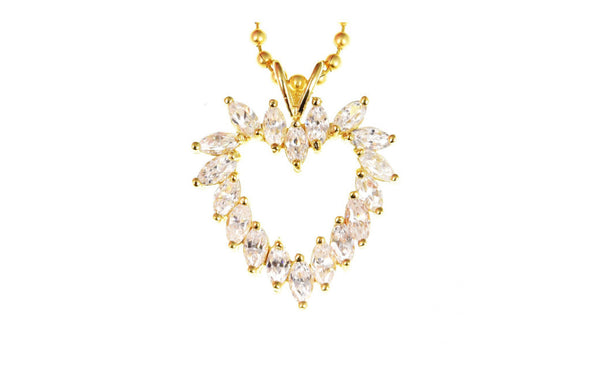 18k Yellow Gold Oval Shape White Crystal Diamond Necklace