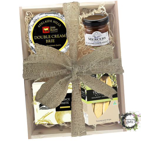 Gourmet Hamper of cheese and crackers