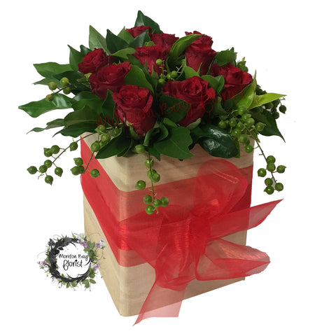 Rose arrangement in timber box