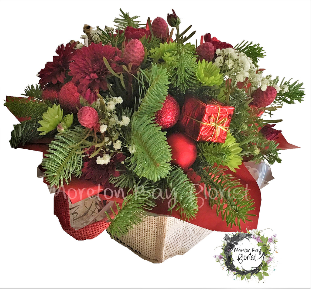Christmas Flower Arrangement in Red and Green