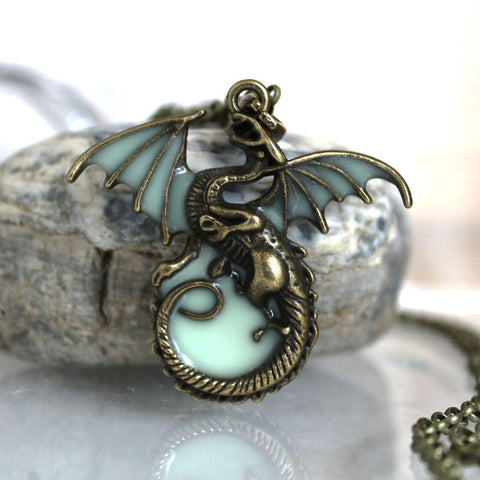 Game of Throne Dragon Necklaces Glow in The Dark