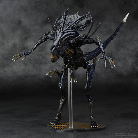 Alien Xenomorph Warrior PVC Figure Toys