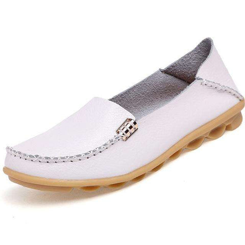 Hight Quality Genuine Leather Women Casual Shoes 2017 Fashion Candy Colors Comfortable Slip-on Peas Massage Flat Shoes Plus Size