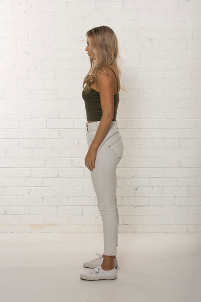 High waisted white denim jean by TRi COLOUR FEDERATiON