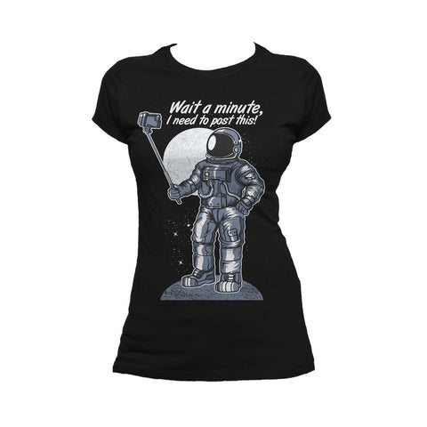 I Love Science Selfie Astronaut Official Ladies T-shirt (Black) - Urban Species Ladies Short Sleeved T-Shirt