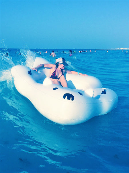 Giant Inflatable Polar Bear - Let's Beach
