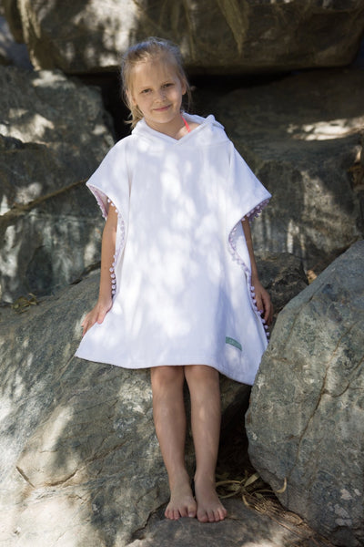 Poncho towel with pompoms - Kids up to 130 cm - Let's Beach