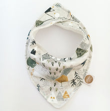 """ADVENTURE MAP"" ORGANIC BANDANA BIB"