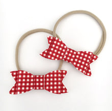 """SIENNA"" CHRISTMAS GINGHAM BOW"