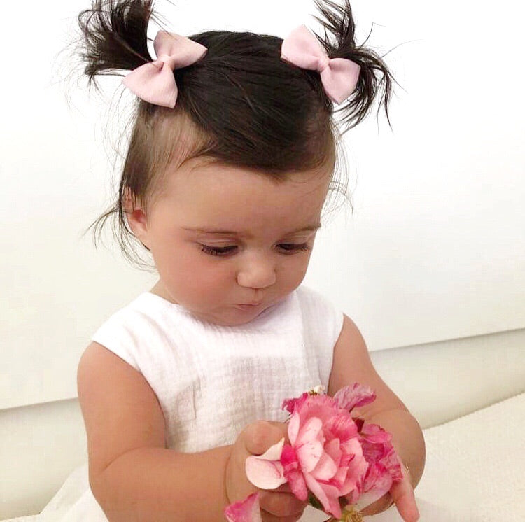 """MOLLY"" MINI BABY PINK LINEN PIGGY BOW SET"
