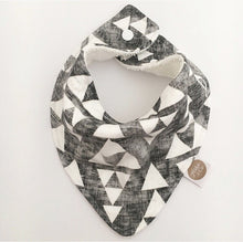 """WASHED TRIANGLES"" ORGANIC BANDANA BIB"