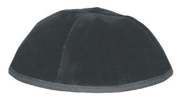 4 Part Rimmed Skullcap Black. Available In Different Sizes