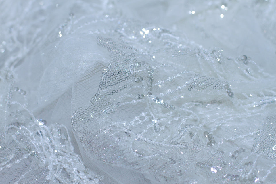 ZXQ603 Sequin-Feathered White Tulle