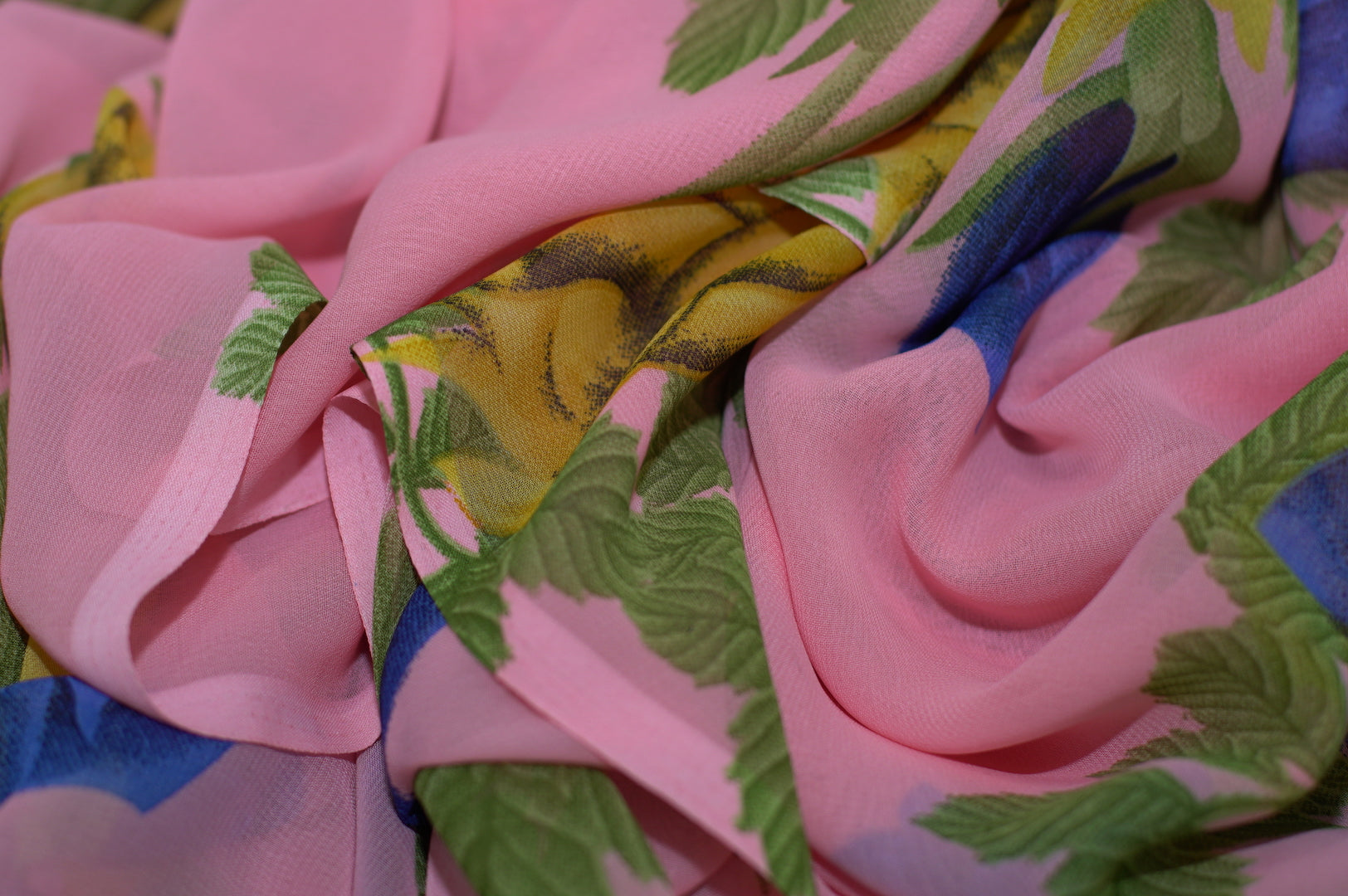 Zxq710 Soft Pink Chiffon With Yellow And Blue Flowers Shoxan