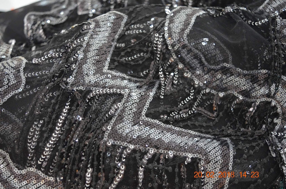 ZXQ604 Sequin-Feathered Black Tulle