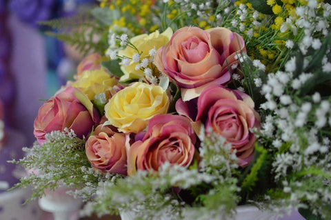 how to chose your artificial flowers