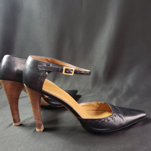 Vintage Gucci Ankle Wrap Pumps Size 7.5