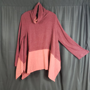 Daily Yi Si Draped Tunic Size XXL