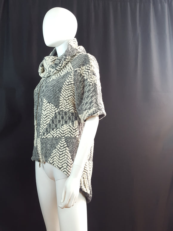 Shui Chen New York Chunky Knit Poncho size S