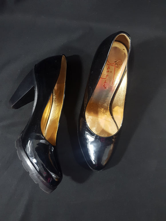 Walter Steiger Paris Patent Leather Pumps sz. 38