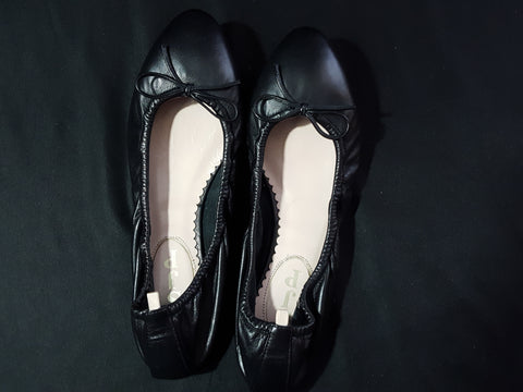 SJP by Sarah Jessica Parker Leather Ballet Flats Preowned Designer Shop