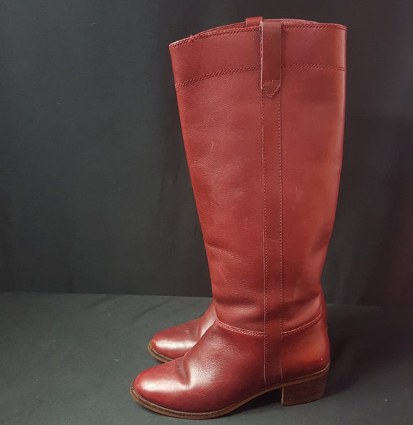 Nine West Brick Red Riding Boots Size 5