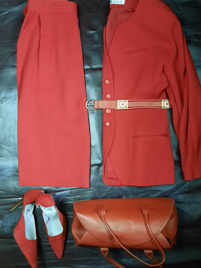 TAHARI Vintage 1980 Red Ribbed Twill Wool Skirt Suit size 12