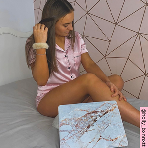 Coconut Lane's Rose Gold Marble Macbook Case modelled by @holly_bxnnett