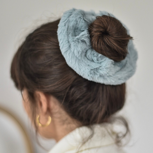 Girl modelling Faux Fur Oversized Scrunchie - Sage Green